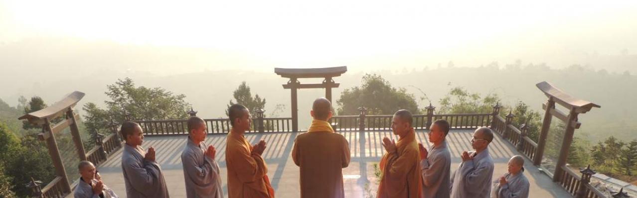 Chùa Linh Quy Pháp Ấn: Ngôi chùa duy nhất có cổng Torii