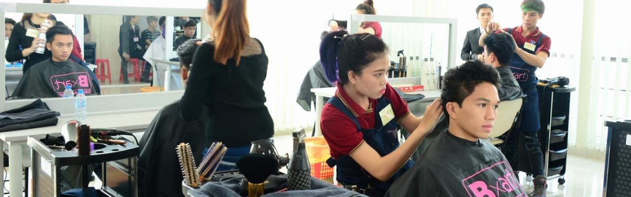 Một ngày sôi động ở Tokyo Beauty Art