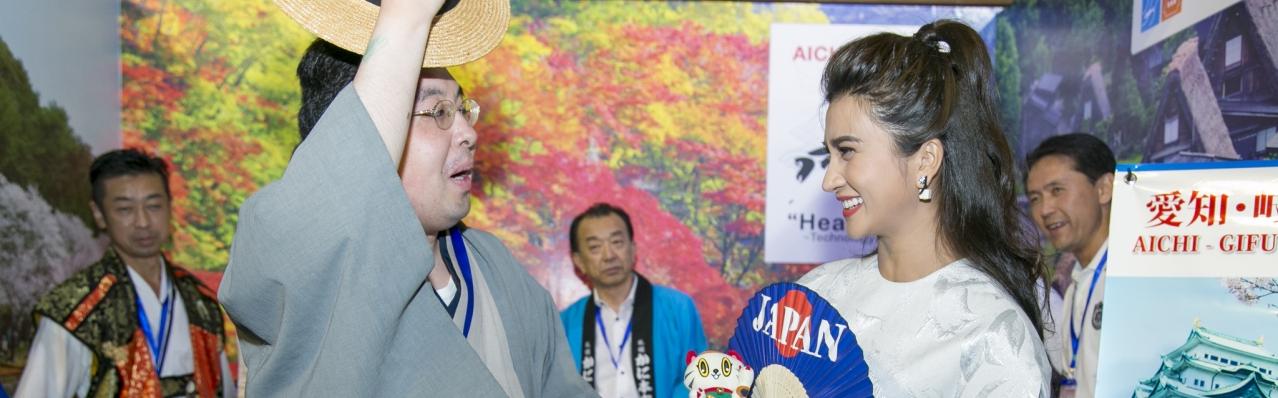 Kim Tuyến, Nguyệt Ánh bất ngờ trước tình cảm của người Nhật