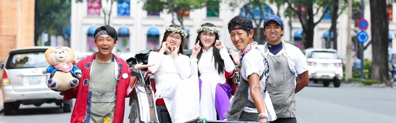 """3 chàng kéo xe Nhật Bản """"đổ bộ"""" TP.HCM"""