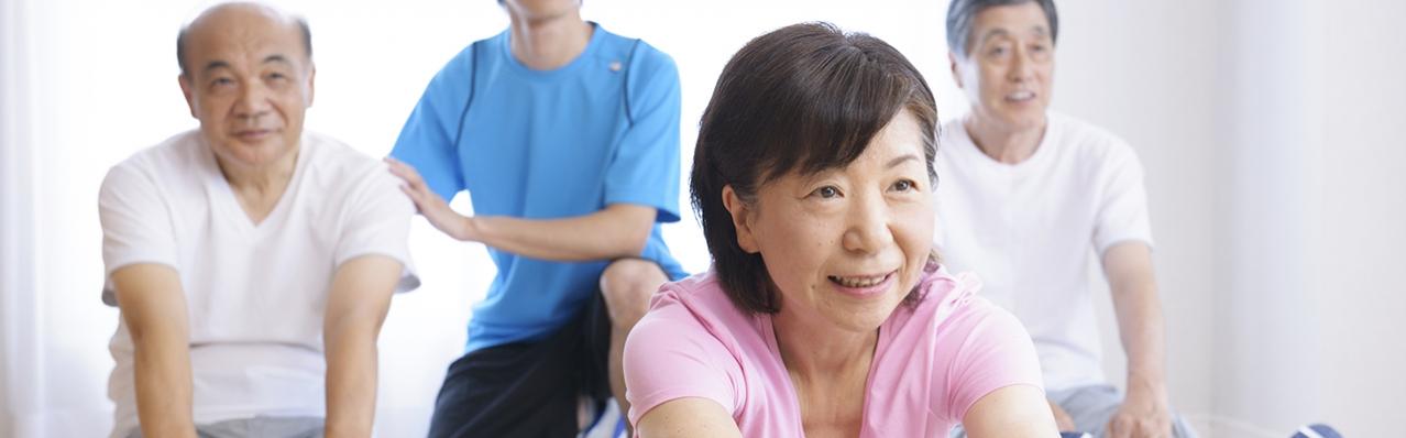 Sống khoẻ tuổi già: Ưu tiên chăm sóc xương khớp, tim mạch