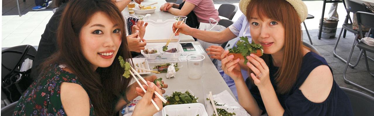 """""""Đột nhập"""" lễ hội Ngò rí - món rau gây sốt mới tại Nhật!"""