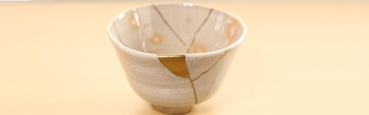 金継ぎ Kintsugi - Khi sự nứt vỡ tạo nên vẻ đẹp độc tôn