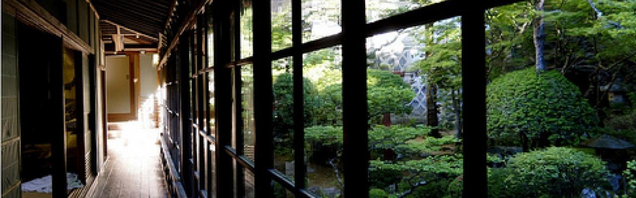 Du lịch và ngủ trọ tại chùa trên Koya-san