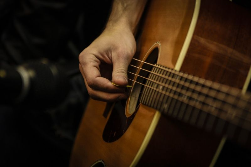 học chơi một nhạc cụ