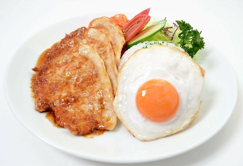 thịt heo và trứng