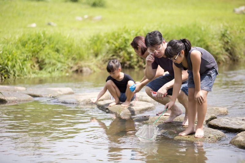 kỹ năng trẻ trải nghiệm cùng thiên nhiên