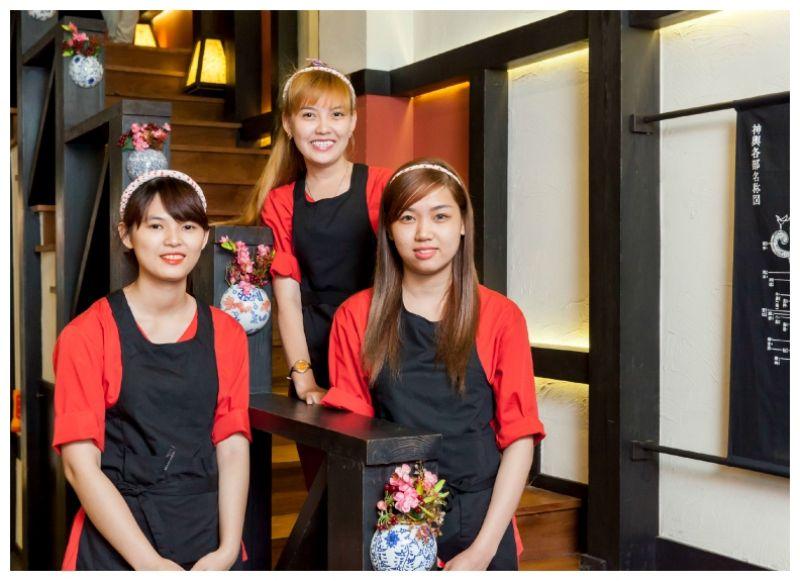 Đội ngũ nhân viên hinomoto matsuri