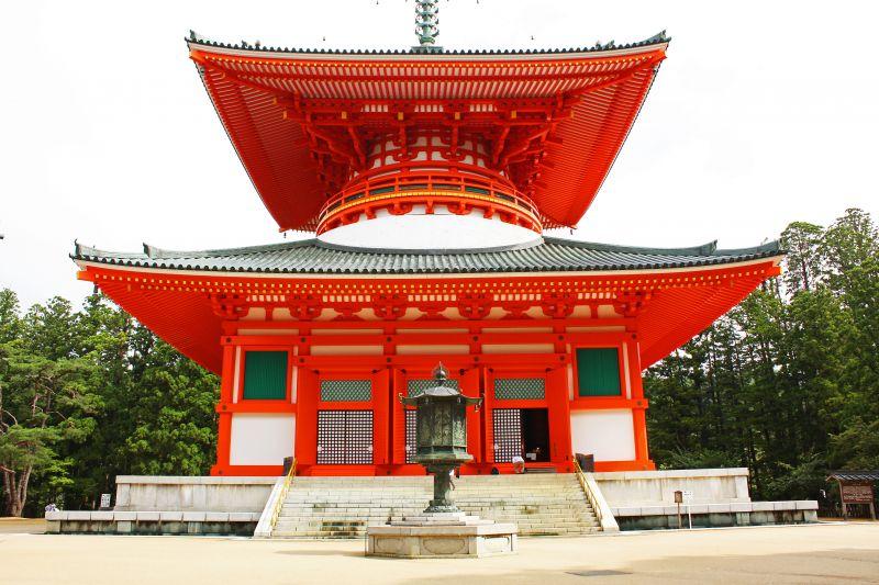 Đại tháp Konpon