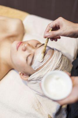 SALA Japan còn có các gói chăm sóc da mặt