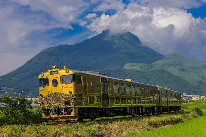 tàu lửa Aru Ressha