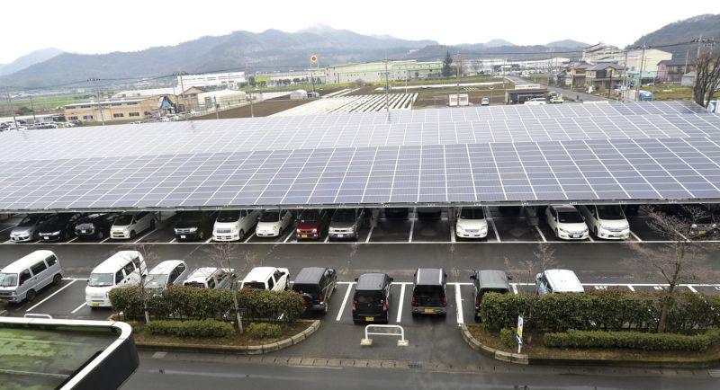オグラ金属工業の駐車場