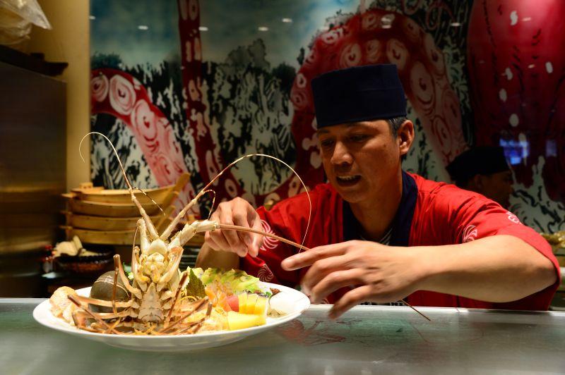 bếp trưởng Quan's sushi
