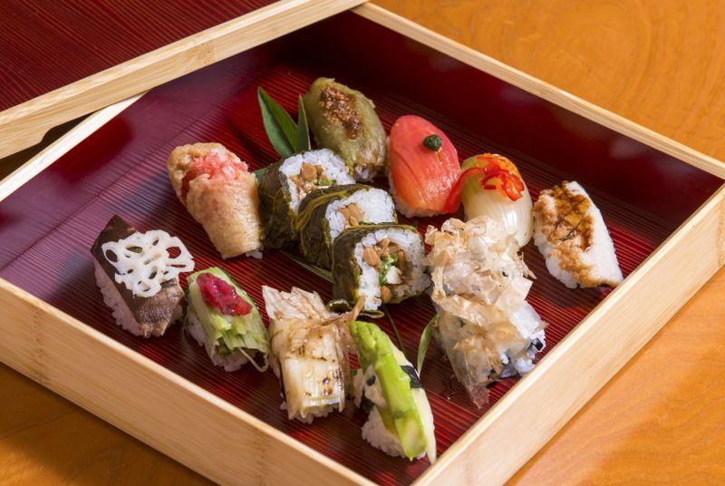 Hitan-sushi