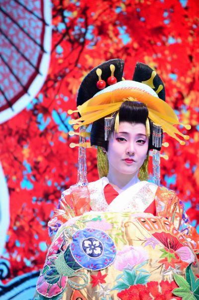 Nàng Oiran tại lệ hội feel japan