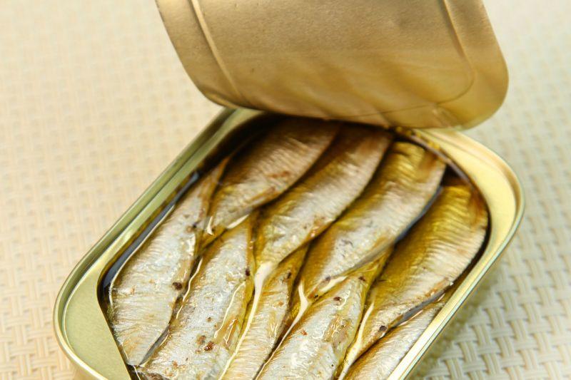 cá ngừ ngâm dầu