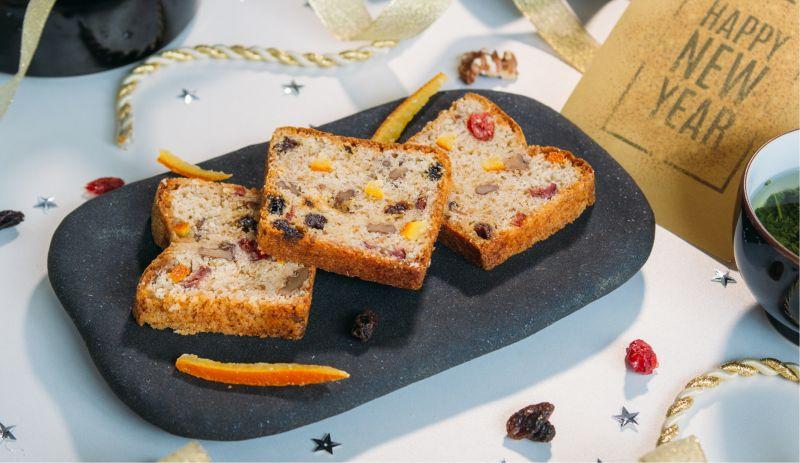 bánh phủ vàng Golden Fruit Pound Cake