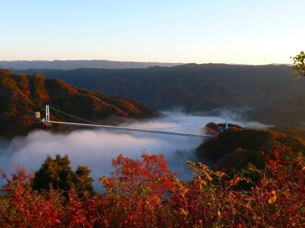 Cầu treo Ryujin nằm trong công viên thiên nhiên Okukuji