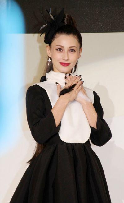 Akemi Darenogare tham dự sự kiện nhân dịp Halloween