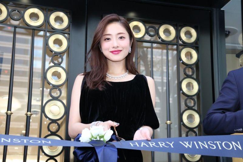 nữ diễn viên Satomi Ishihara
