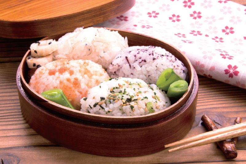 cơm nắm onigiri furikake