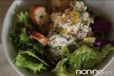 salad khoai tây xốt mayonnaise