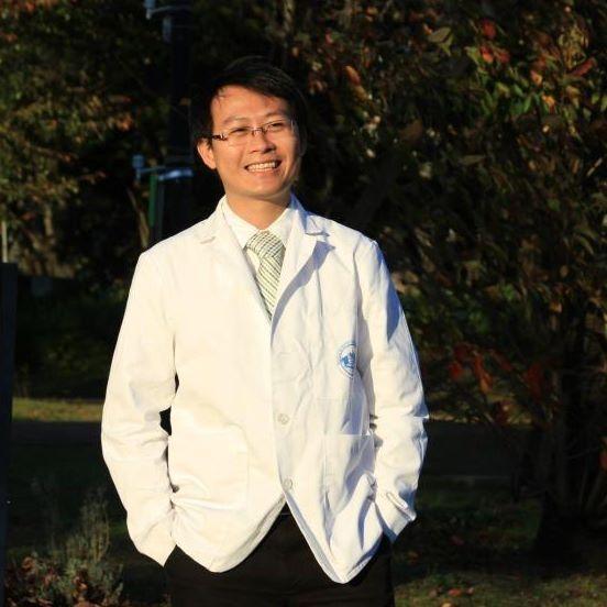 Bác sĩ Phạm Nguyên Quý