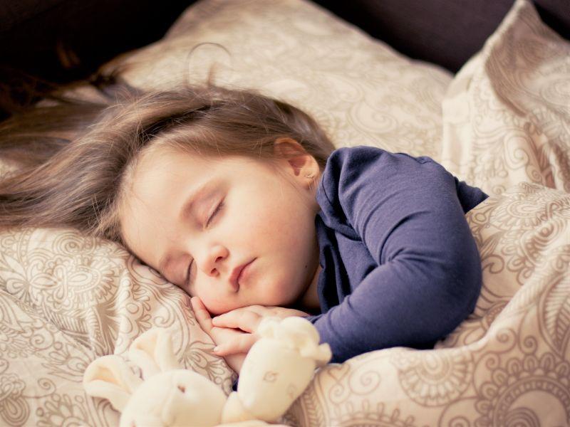 trẻ ngủ riêng