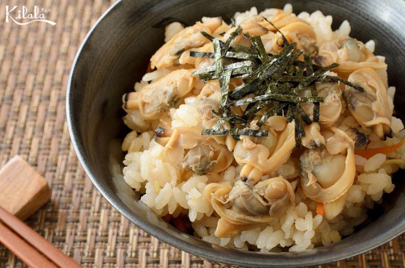 cơm Takikomi nghêu