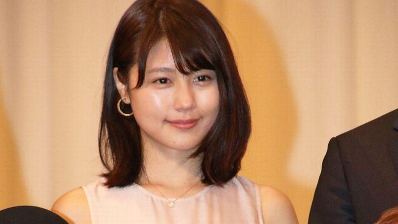 Kasumi Arimura thanh lịch cùng đầm dài