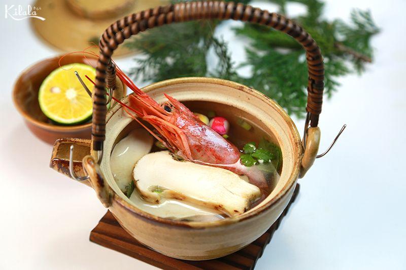 súp nấm Matsutake Dobin Mushi