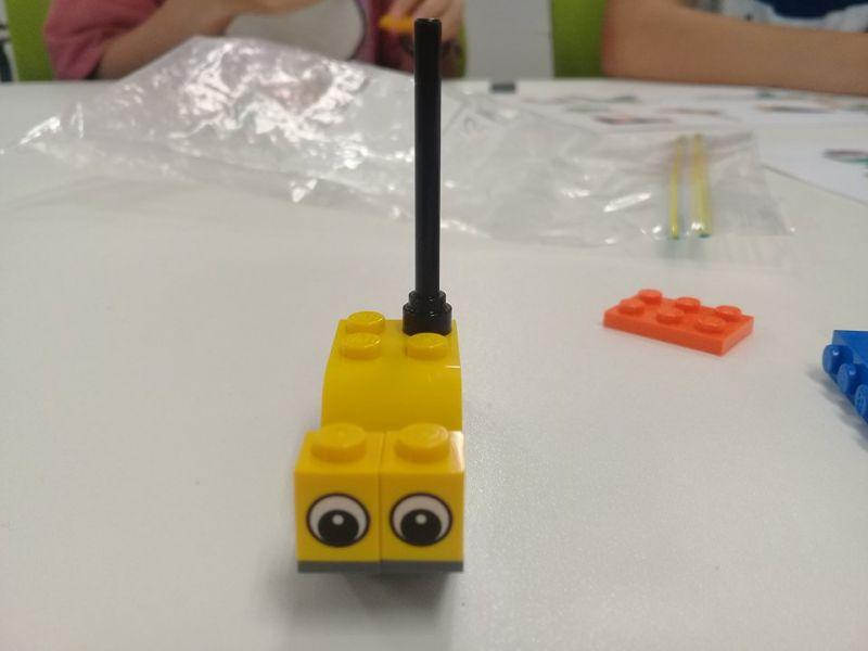 Chơi Lego tại Đại học Osaka