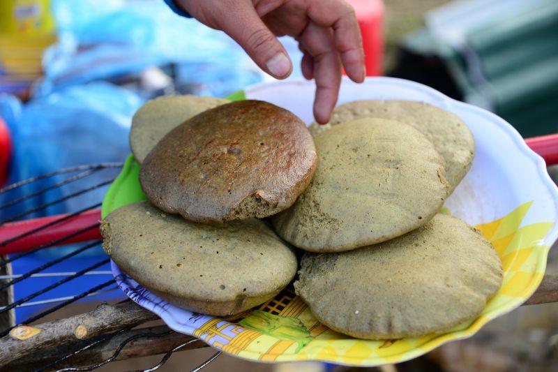 Bánh nướng làm từ bột Tam Giác Mạch