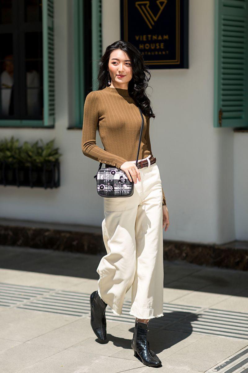 Áo len và quần Kaki