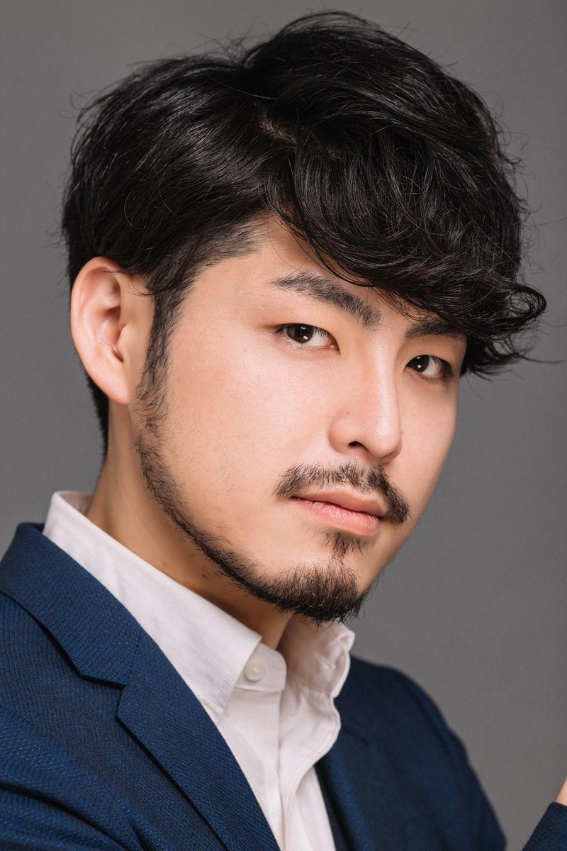 Diễn viên Takafumi Akutsu