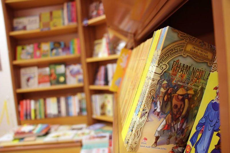 Sách Việt tại Kinokuniya