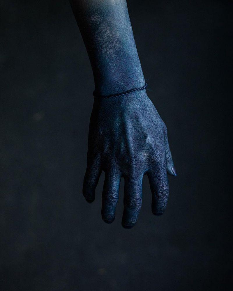 bàn tay màu chàm ở Nhật Bản