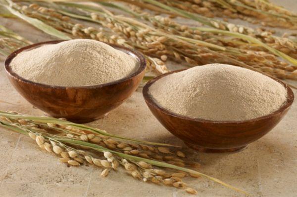 tẩy da chết với cám gạo