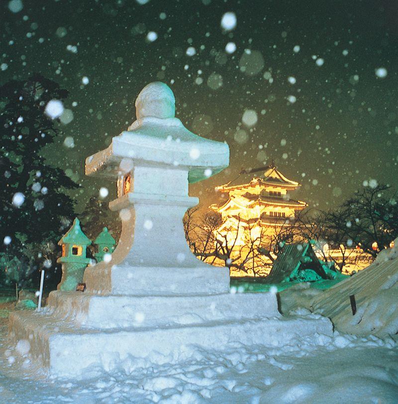 đèn lồng tuyết