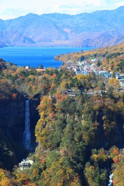 hồ Chuzenji, núi Nantai