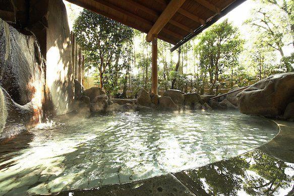 suối nước nóng tại đảo Izu