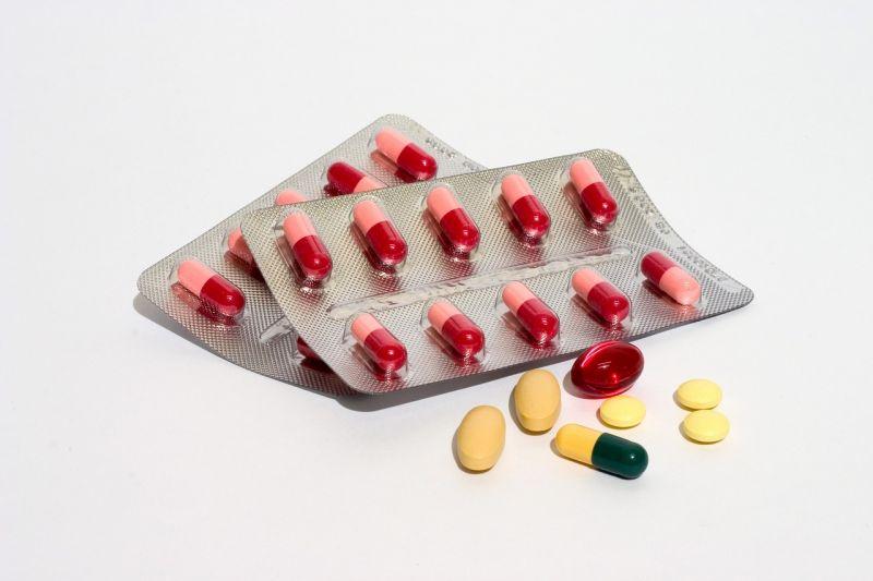 thuốc men mang theo khi đi du học