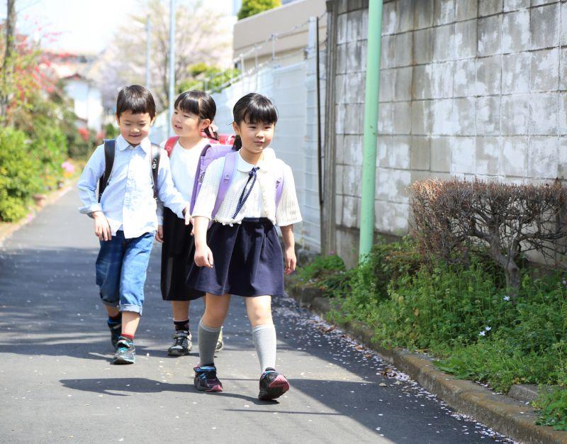 bảo vệ trẻ em khỏi nạn bắt cóc