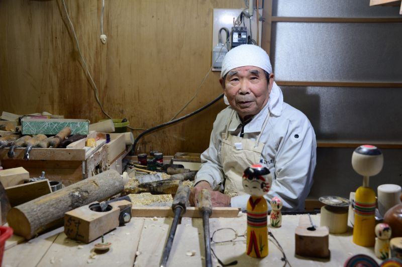nghệ nhân kokeshi - koichi sakuta