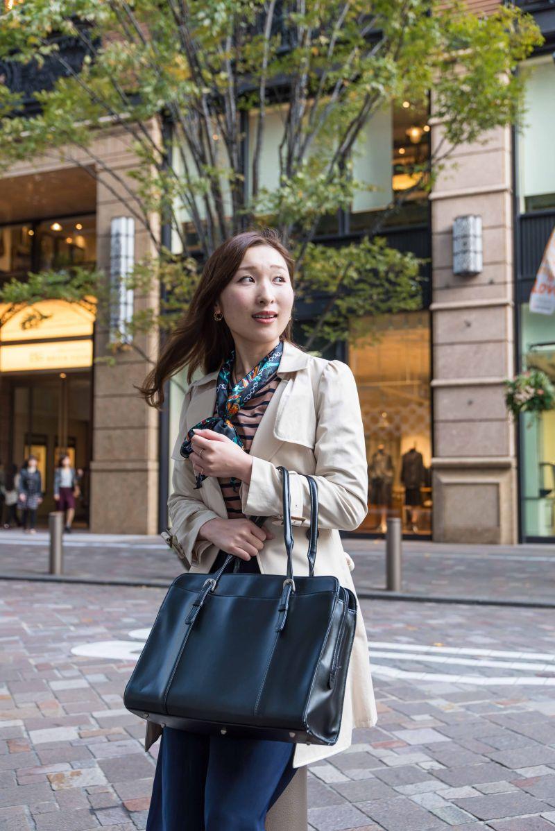 phụ nữ mê hàng hiệu Nhật Bản