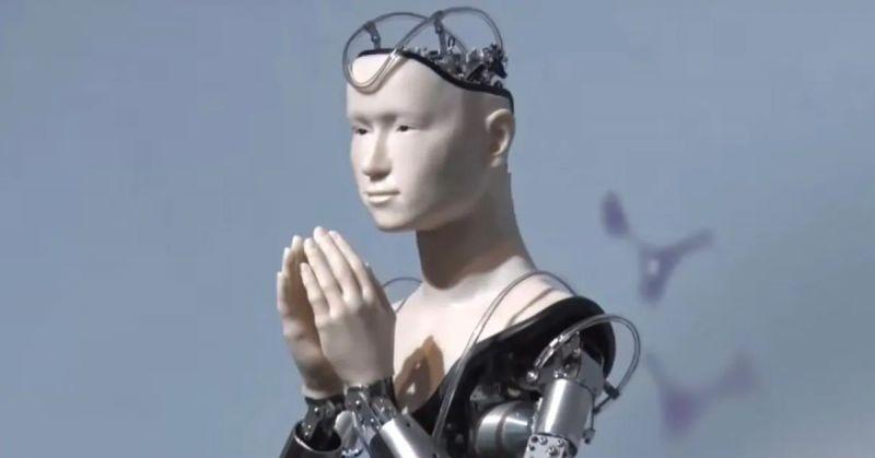 Robot Phật Bà Quan Âm giảng dạy Phật giáo tại Nhật