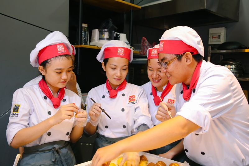Học làm bánh Nhật