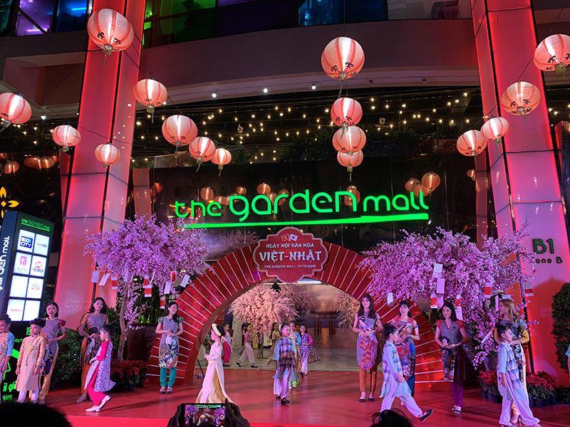 Ngày hội Văn hóa Việt Nhật - Biểu diễn Áo dài
