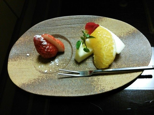 lý do trái cây nhật mắc