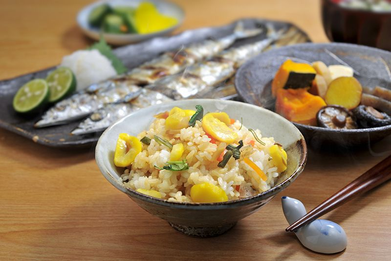 Bữa cơm đầy đủ chất dinh dưỡng giúp vóc dáng thon gọn